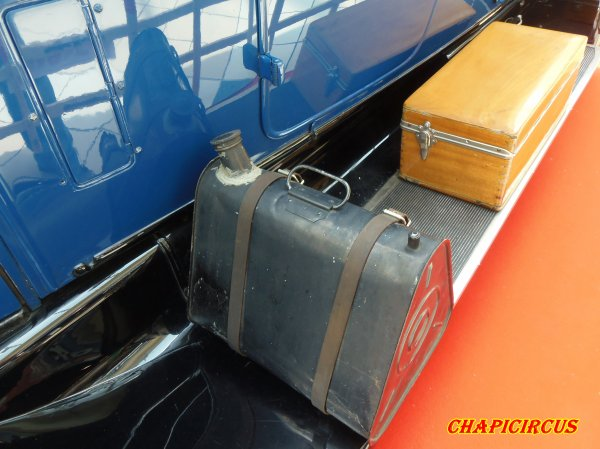 M119 - EXPO VEHICULES ANCIENS