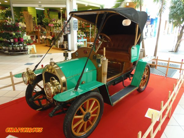 M120 - EXPO VEHICULES ANCIENS