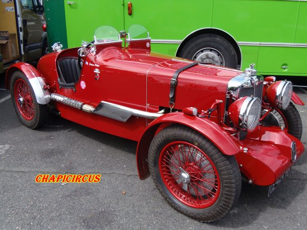M131 - EXPO VEHICULES ANCIENS