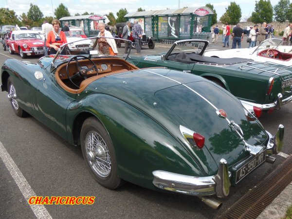 M132 - EXPO VEHICULES ANCIENS
