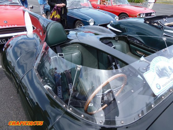 M135 - EXPO VEHICULES ANCIENS
