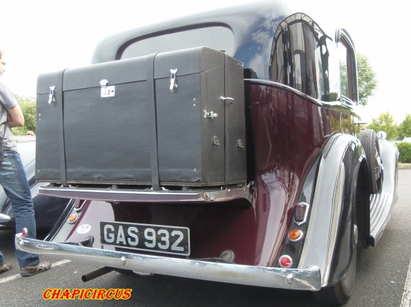 M136 - EXPO VEHICULES ANCIENS