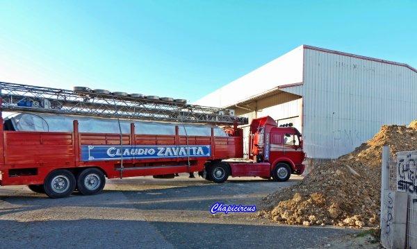 G4116 - CIRQUE CLAUDIO ZAVATTA en quartiers d'hiver.