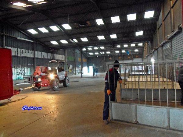 G4120 - CIRQUE CLAUDIO ZAVATTA en quartiers d'hiver.