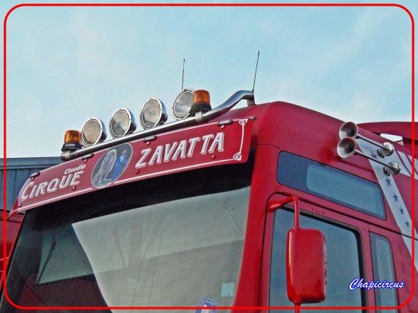 G4127 - CIRQUE CLAUDIO ZAVATTA en quartiers d'hiver.