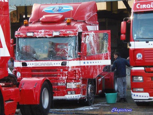 G4149 - CIRQUE CLAUDIO ZAVATTA en quartiers d'hiver.