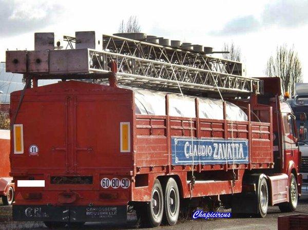 G4157 - CIRQUE CLAUDIO ZAVATTA en quartiers d'hiver.