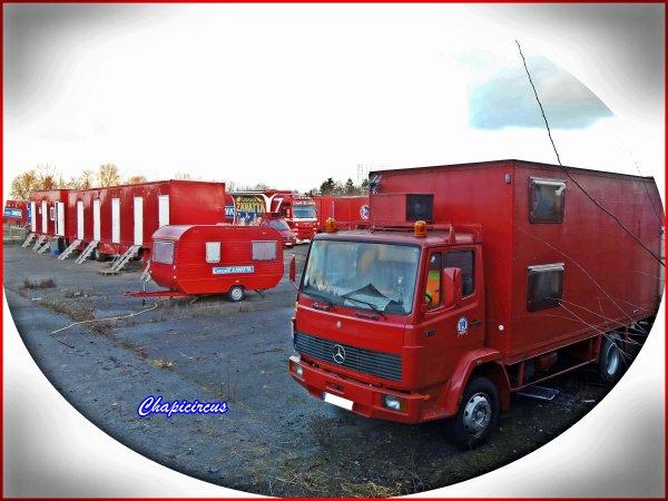 G4158 - CIRQUE CLAUDIO ZAVATTA en quartiers d'hiver.
