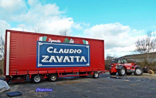 G4199 - CIRQUE CLAUDIO ZAVATTA en quartiers d'hiver.