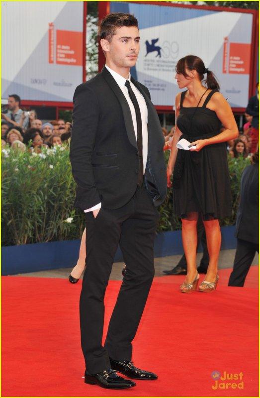 Zac Efron lors de la première de At Any Price à Venise