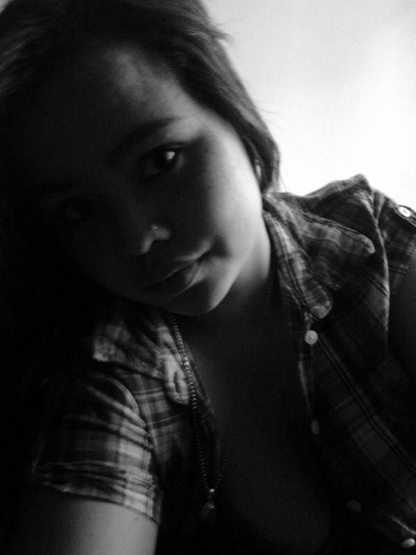 Ouvres les yeux , le vie n'est pas un comte de fées .