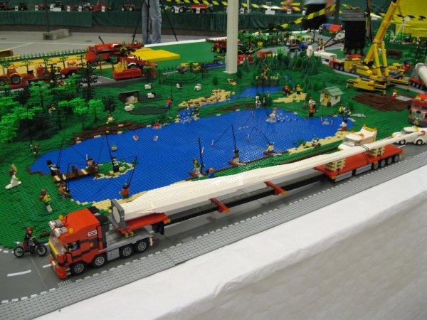 Set de 2010 N°7747 - transformé - du 3 en 1 - Moc 2009