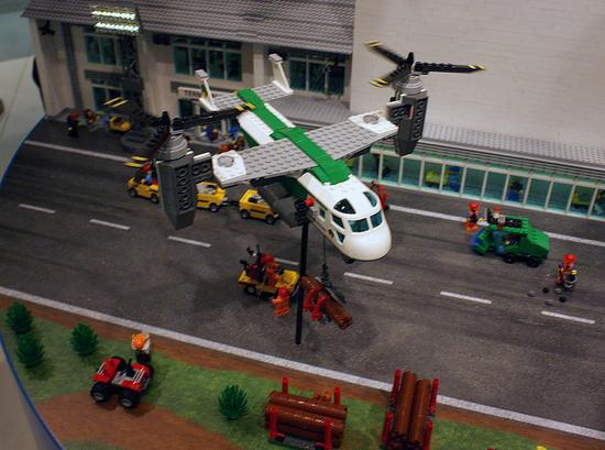 Le toy Fair en Allemagne dévoile des sets 2013: le retour des services de transport et de l'aérien