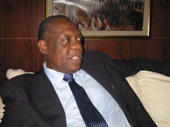 Bilan du Foot Africain en 2010:  Issa Hayatou défend avec habileté et conviction sa politique à la tête de la CAF. « Le football africain a atteint la maturité »