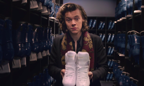 One Direction - Night Changes clip