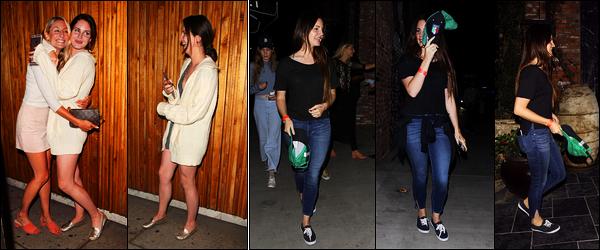 18/06/17 : Lana Del Rey a été aperçue quittant The Nice Guy, avec son amie Stella, situé dans West Hollywood, CA. Le 20/06 soit deux jours après, Lana avait été mangé au restaurant TAO situé dans Los Angeles, avec Chuck et Stella, un petit top !