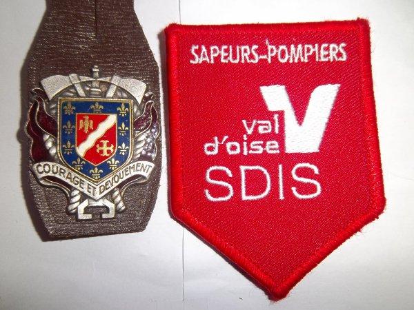 INSIGNE ET ECUSSON N°2  DEPARTEMENT VAL D'OISE 95
