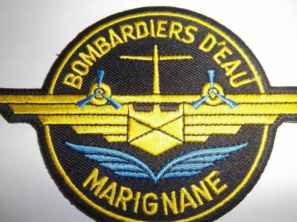 ECUSSON CANADAIR CL- 215 BOMBARDIERS D'EAU MARIGNANE BOUCHES DU RHONE 13