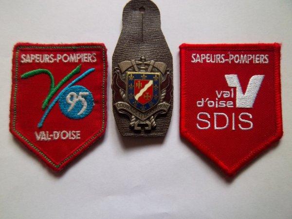 ECUSSONS ET INSIGNE VAL D'OISE 95