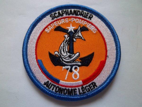 ECUSSON SCAPHANDRIER AUTONOME LEGER YVELINES 78