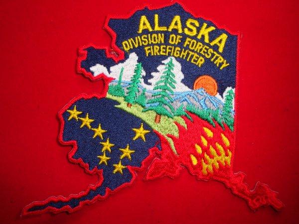 ECHANGE ECUSSON POMPIERS ALASKA USA CONTRE SAPEURS-POMPIERS FRANCAIS