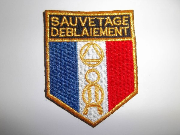ECUSSON SAUVETAGE DEBLAIEMENT FRANCE