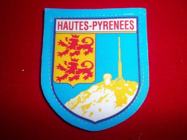 ÉCUSSON HAUTES-PYRÉNÉES 65