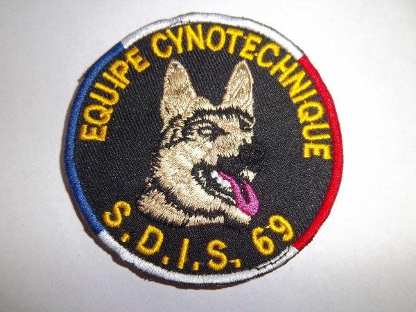 ÉCUSSON EQUIPE CYNOTECHNIQUE SDIS 69
