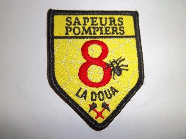 ÉCUSSON POMPIERS LA DOUA 69