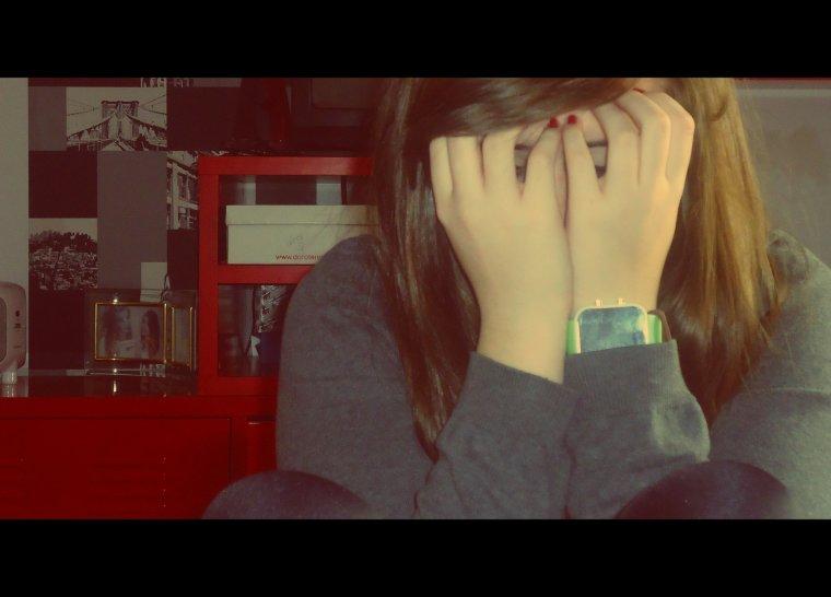 Tu m'a tant fais pleuré, j'espère qu'un jour tu regrettera.. :CC