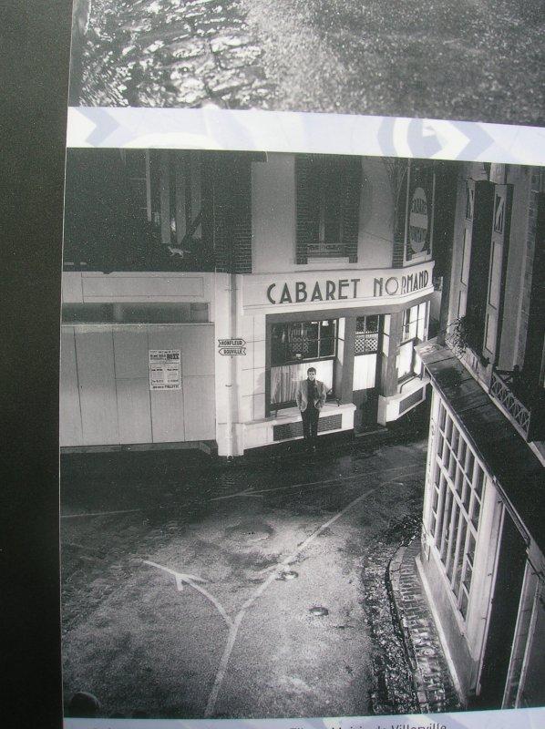 """"""" LE CABARET NORMAND """" ,LIEU DE CUITE MEMORABLE DANS LE FILM !"""