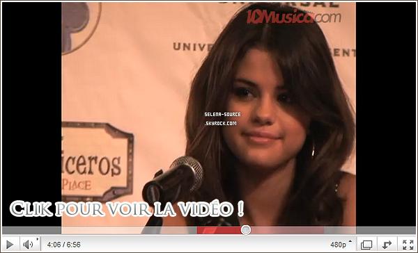 """-Concert- Hé oui encore un concert de Selena mais cette fois-ci en Argentine ! Elle y a interprété trois -Concert''-titre y compris """" Intuition """" !Côté tenue , toujous cette même robe en rouge , en noir ça -Concert''-devient lassant !  Votre avis ?"""