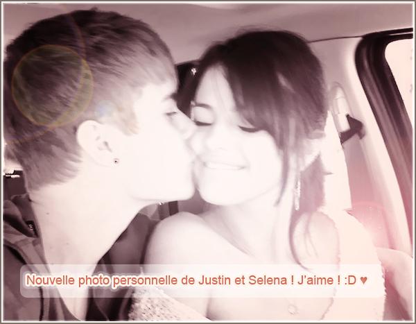 -Candid- Le 21 juillet 2011, la veile de son anniversaire, Selena a été vue quittant les répétitions de -Candid_-sa tournée « We Own The Night Tour » ! Côté tenue : J'adore sa chemise jaune à carreaux -Candid_-et avec son jean et ses ballerines ça rend simple mais très beau, un TOP !  Votre avis ?
