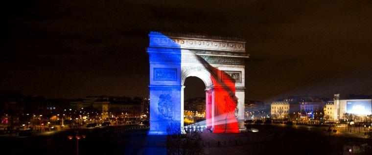 VICTOIRE DE LA FRANCE EN COUPE DU MONDE : DÉPROGRAMMATIONS EN CASCADES !