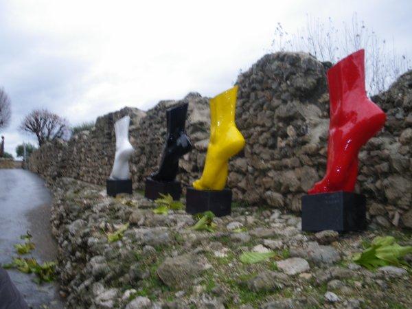 """Exposition """"L'artenciel"""", une trentaine de sculptures posées dans le village, à découvrir jusqu'au 08 mars 2009"""