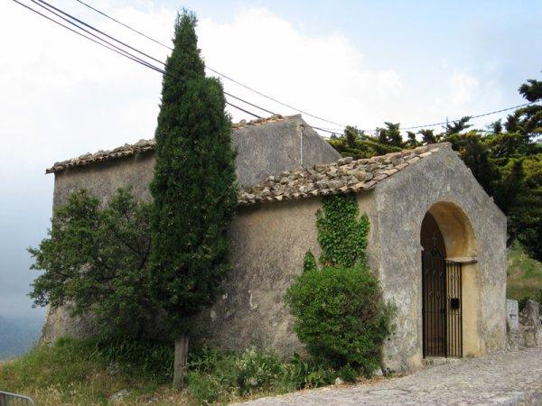 Déjeuner près de la chapelle Saint-Sébastien