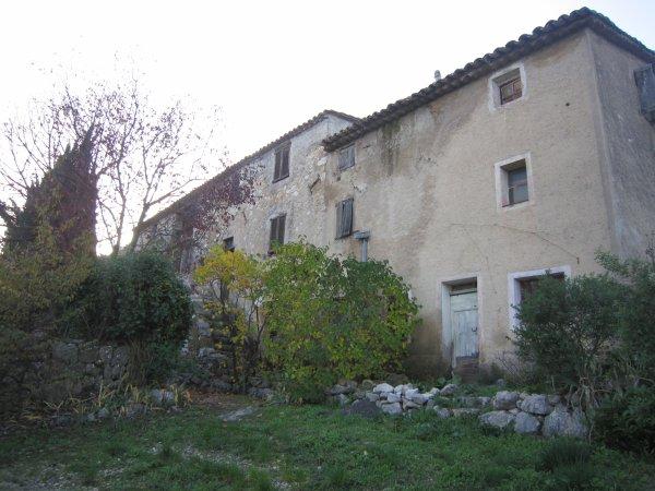 Ancienne route de Saint-Jeannet à Carros au-dessus du Var