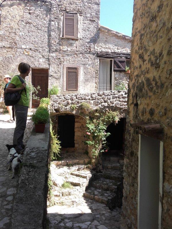 250 bézaudinois et bézaudinoises vous attendent pour la visite de leur village