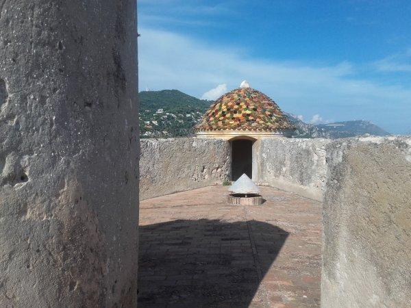 Sur la terrasse du fort