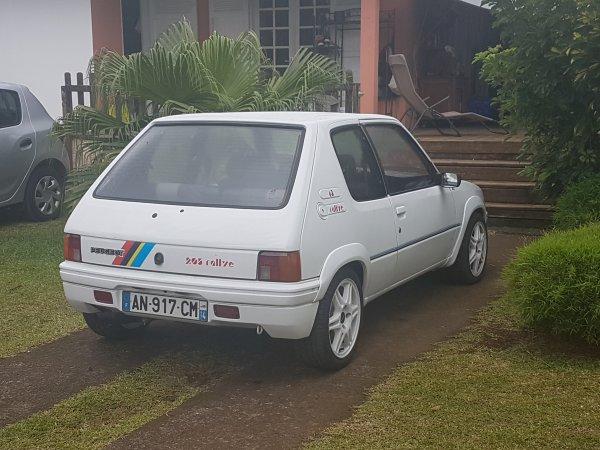 De nouvelles... Peugeot au club