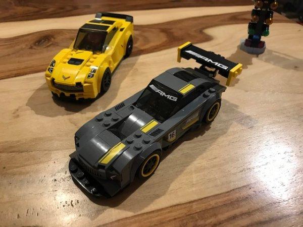 Miniatures, créations en... LEGO !