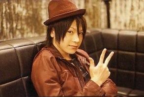 Takuyachii (l)