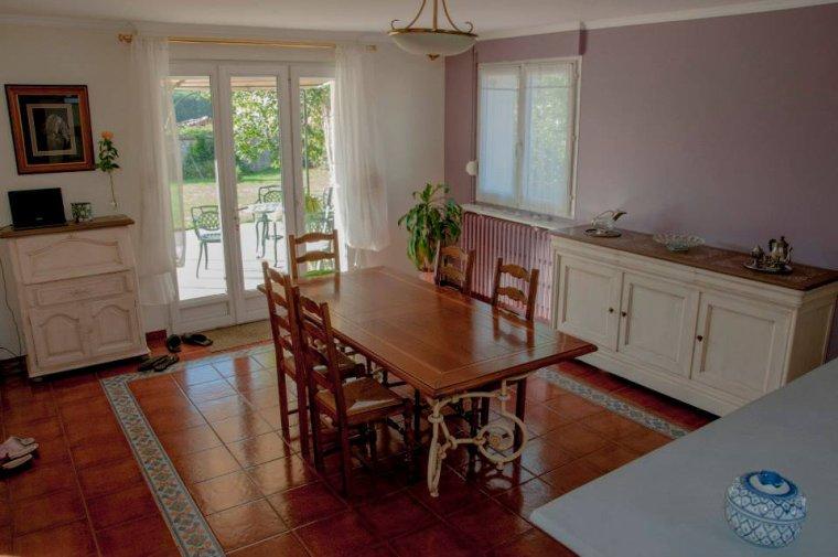 relooking meuble 3 portes et un secr taire blog de christelmoreau. Black Bedroom Furniture Sets. Home Design Ideas