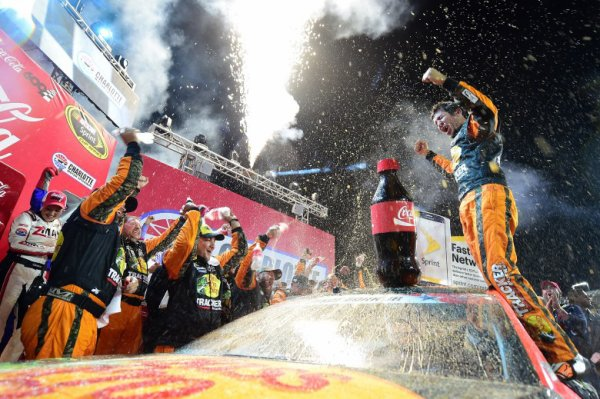 Martin Truex Jr. remporte les Coca-Cola 600 !