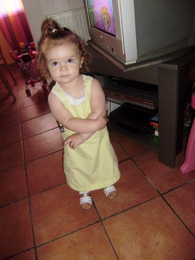 ma petite Lizéa qui a 22 mois