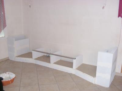 Meuble beton cellulaire encore tout et rien - Fabriquer meuble salle de bain beton cellulaire ...