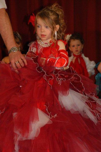 moi en tenue de soiree a wizerne avril 2011