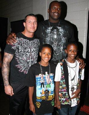 Randy Orton et Shaq O'Neil
