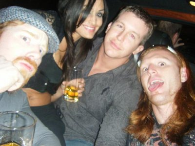 Sheamus , Une Soeur Bella Heath Slater et Ted DiBiase