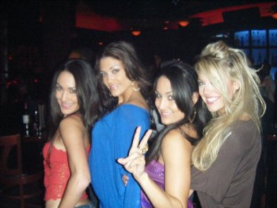 Soeur Bella , Tiffany  Et Eve Torres